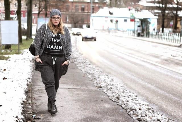 Plus Size Outfit mit Jogginghose