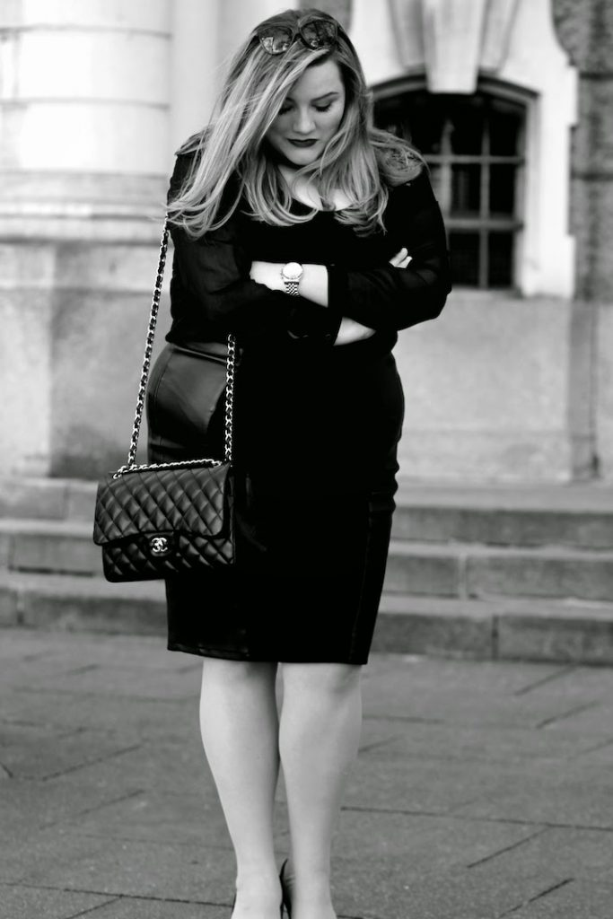 Chanel TAsche Outfit