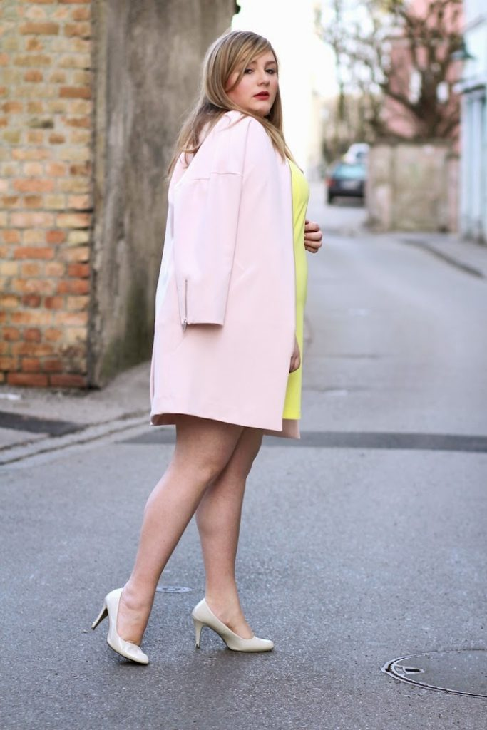 feminin mantel kleid in gelb