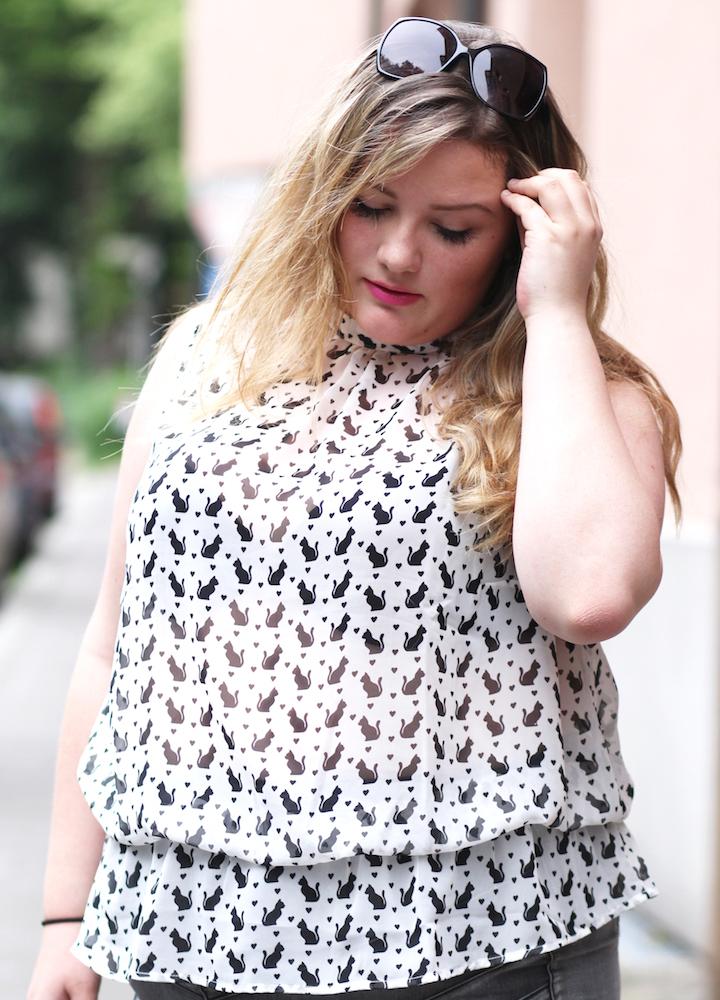 Portrait Plus Size Blogger