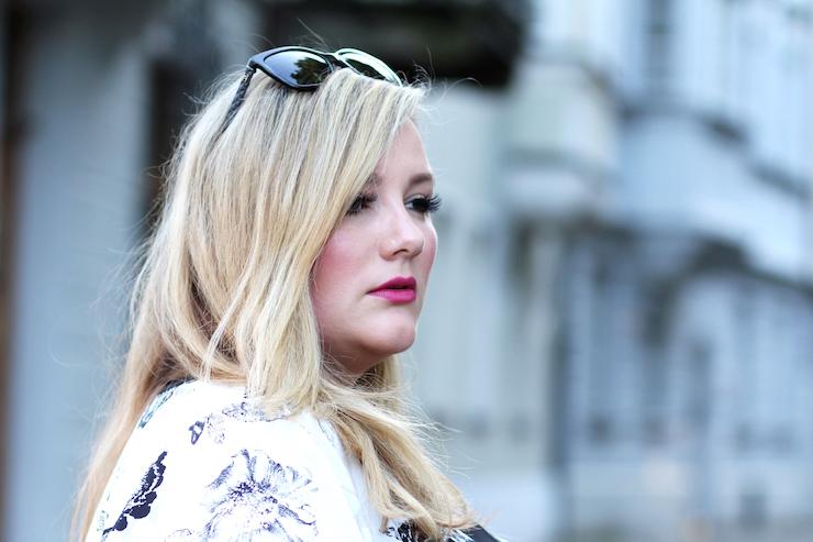 Plus Size Fashion Blog Curvy Inspiration Theodora Flipper