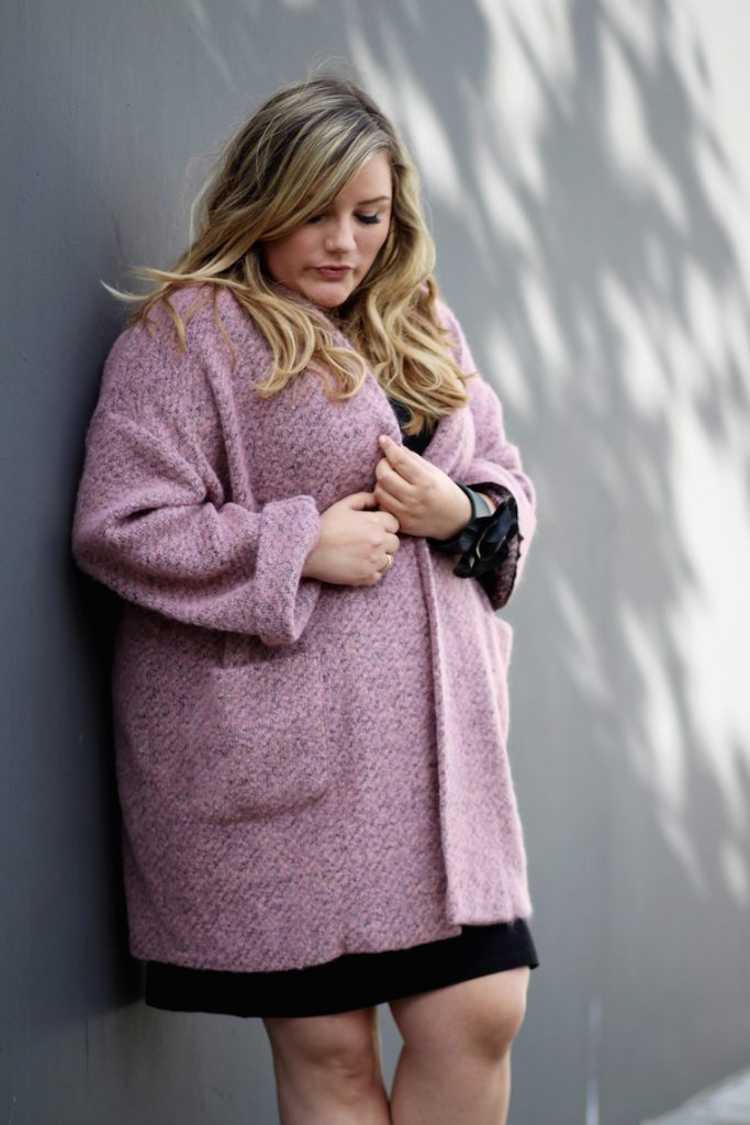 Plus Size Blogger Blond