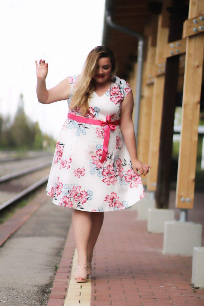 plus size dress floral