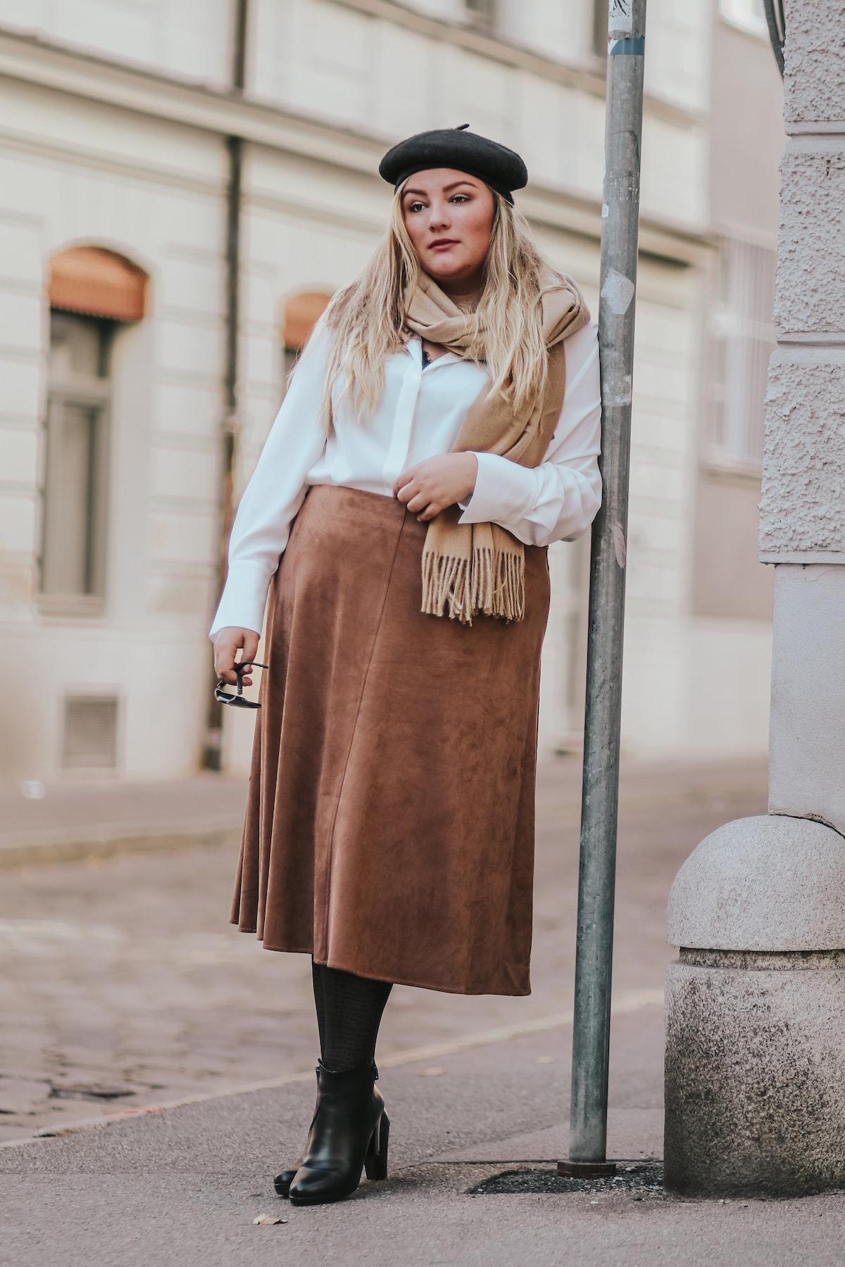 Plus Size Outfit – Pariser Herbst X Navabi (Werbung)
