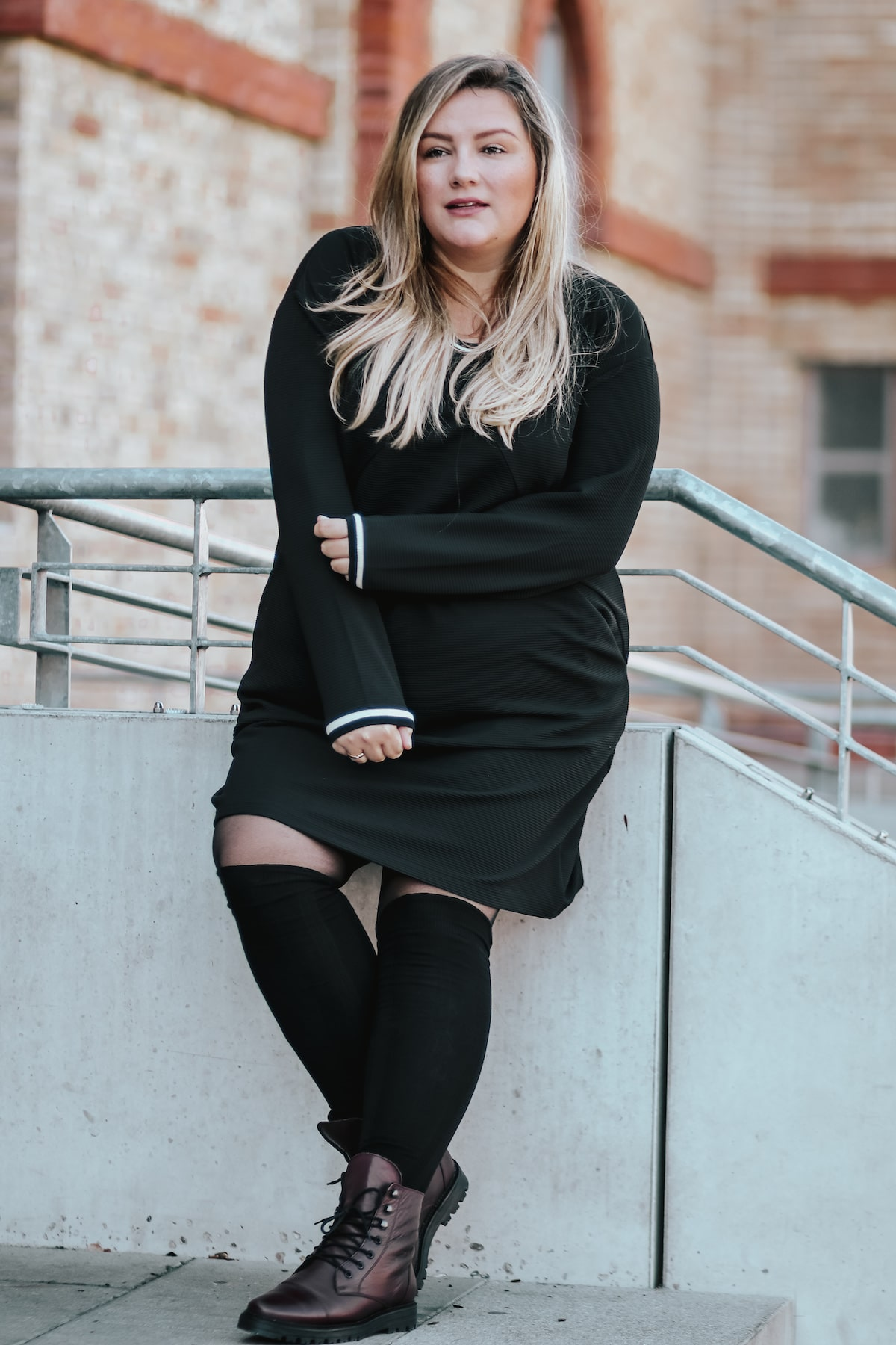 Sporty BLACK DRESS & Overknee Socks / Plus Size Outfit