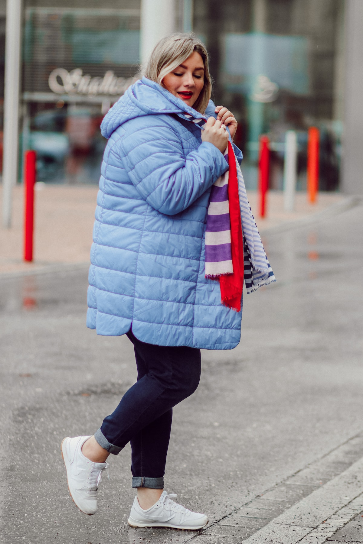 Eine Jacke | 2 Plus Size Looks |Trendfarbe Hellblau